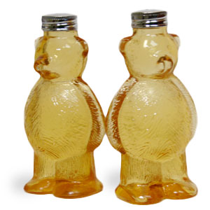 Gag Gifts - Honey Bear Salt and Pepper Shakers