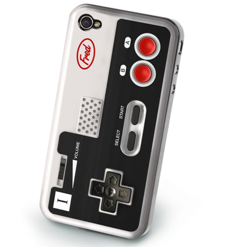 Gag Gifts - Retro Game Control Cover for iPhone4